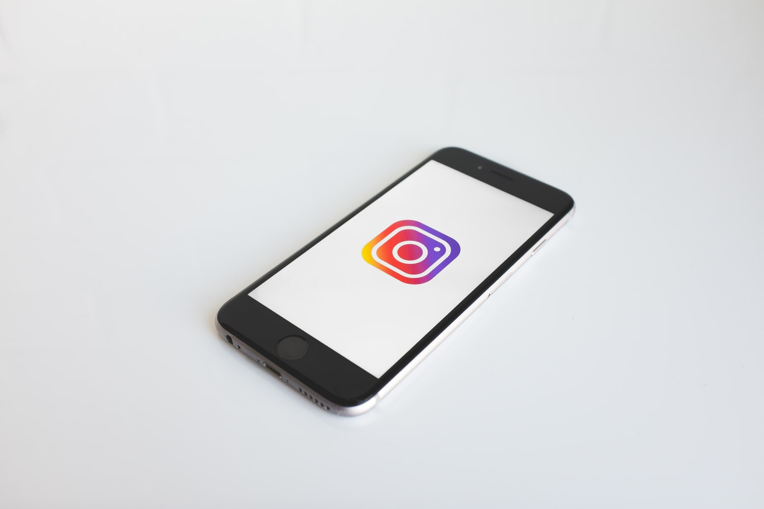 Instagram Privacy: The Things to Know and How To Adjust Them
